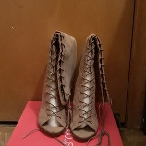 Heeled boots size 7.5